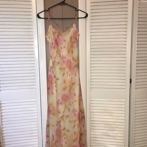 Vintage Floral Open Cross cross Back Maxi Dress